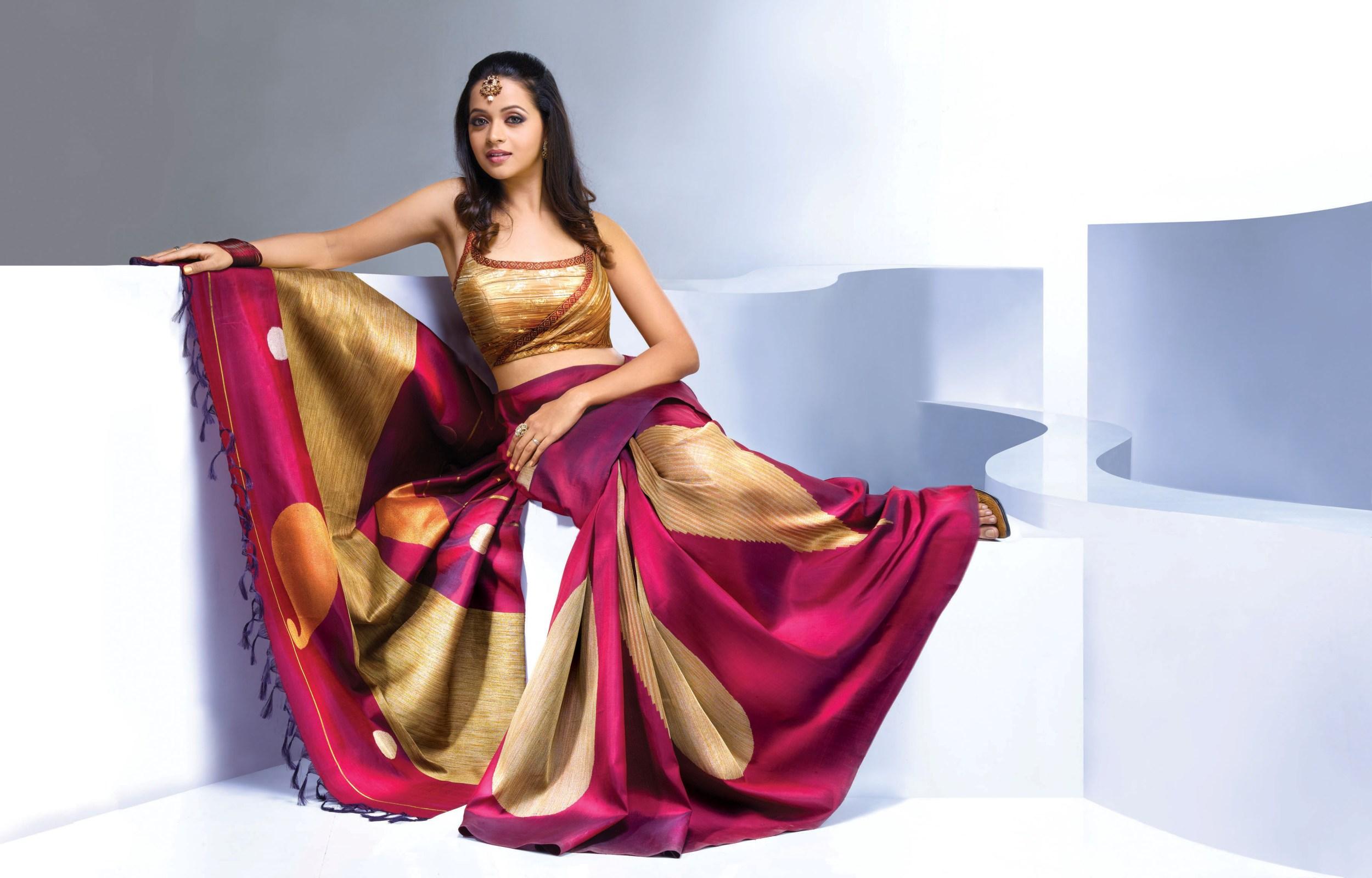 Gorgeous bhavana in saree wallpapers gorgeous bhavana in saree click to view altavistaventures Gallery