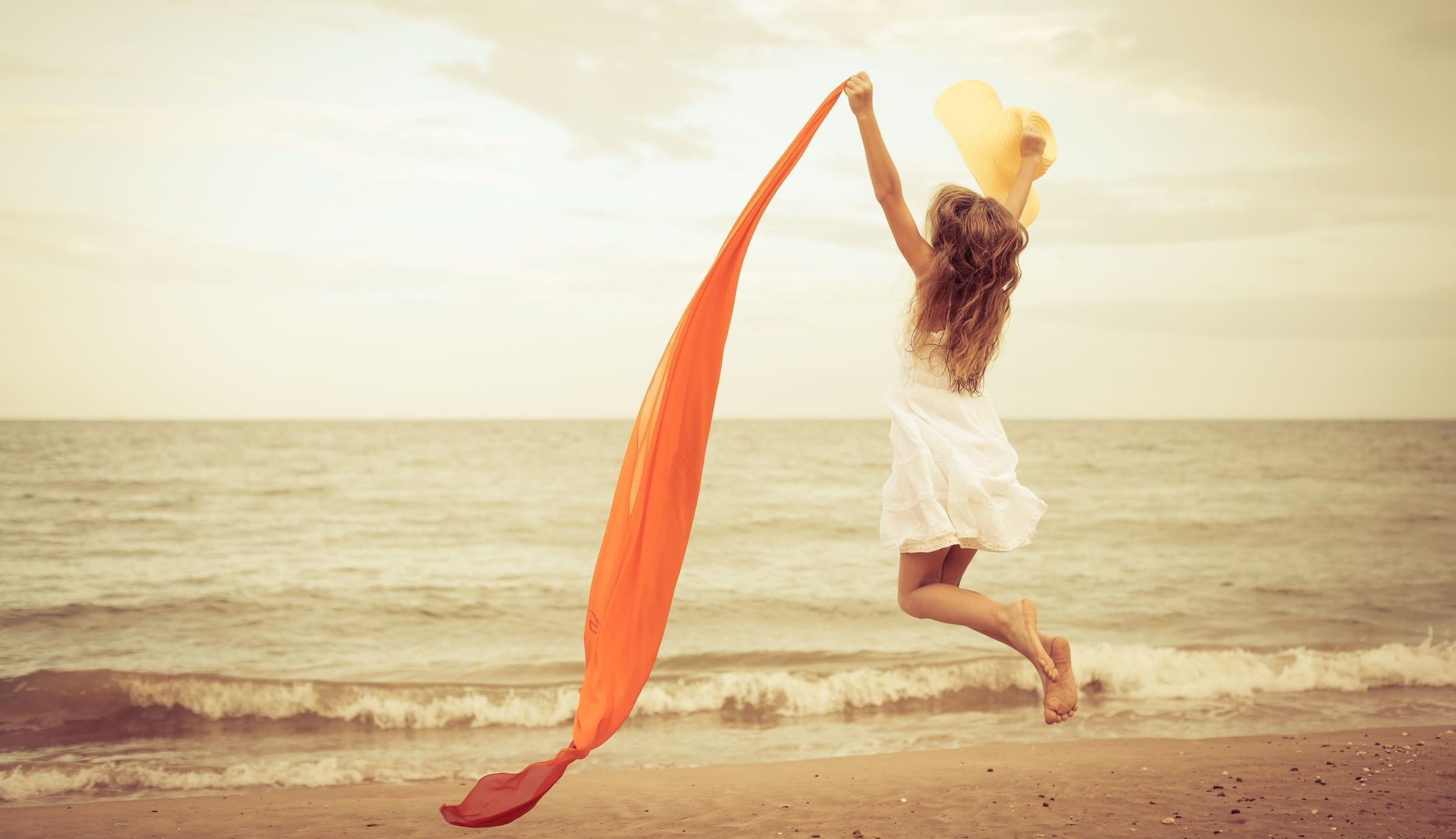 Download this Happiness Beach Girl Download Close picture