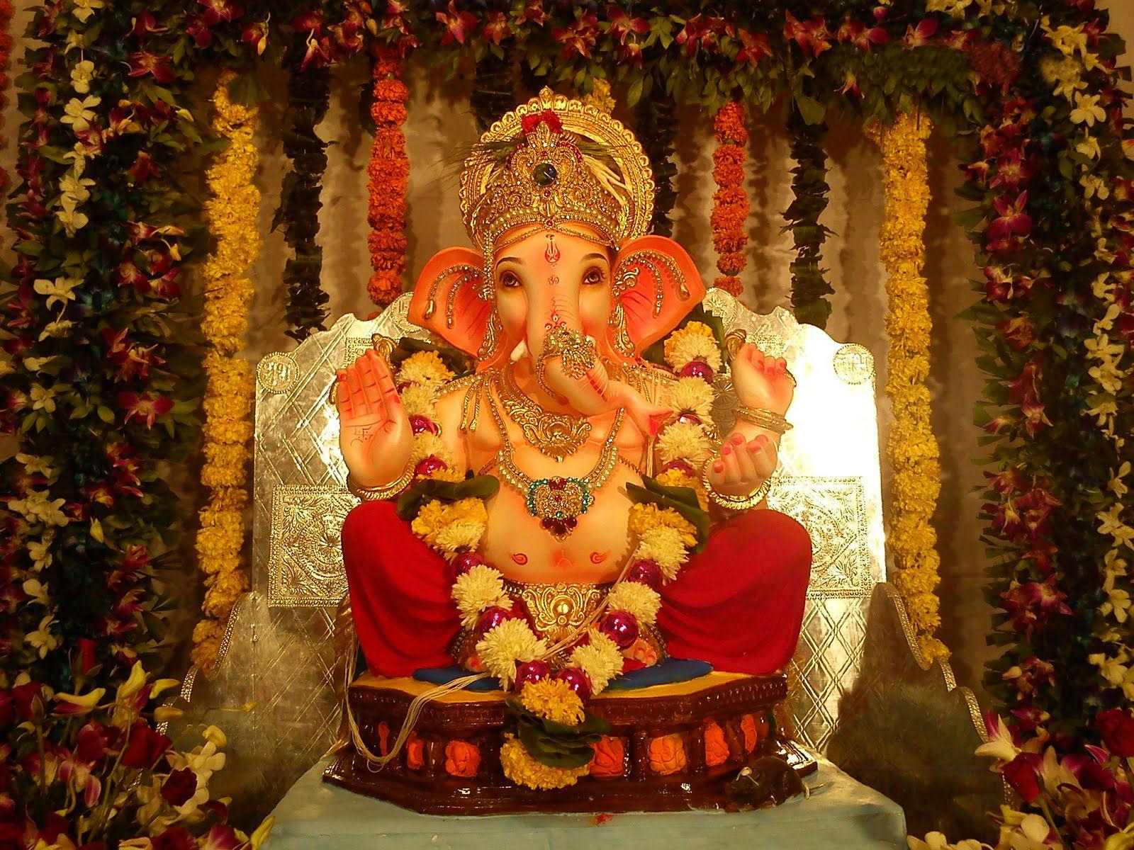 Lalbaugcha Raja Ganpati | 1600 x 1200 | Download | Close