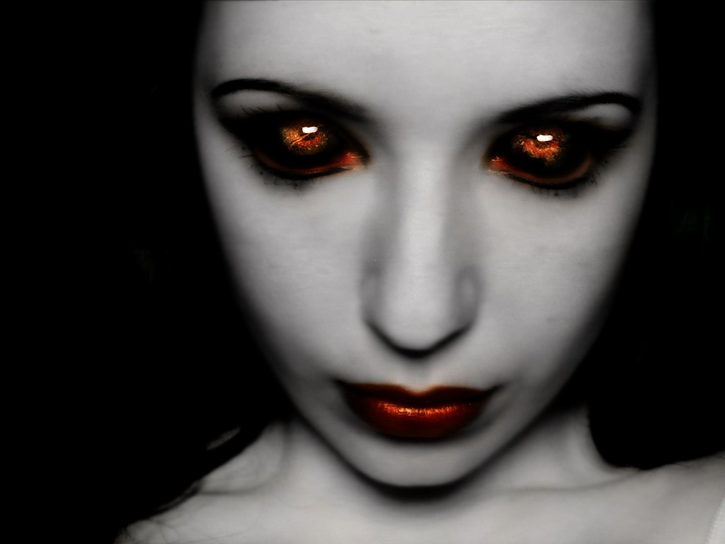 Scary girl face 1024 x 768 download close