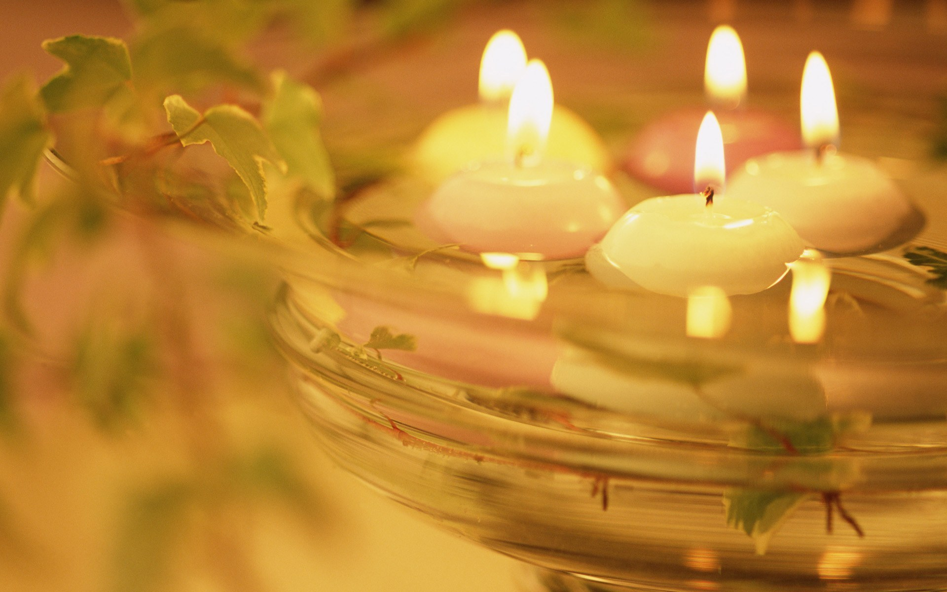 water and candles light wallpapers 1920x1200 302406